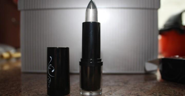 Icy Lipstick